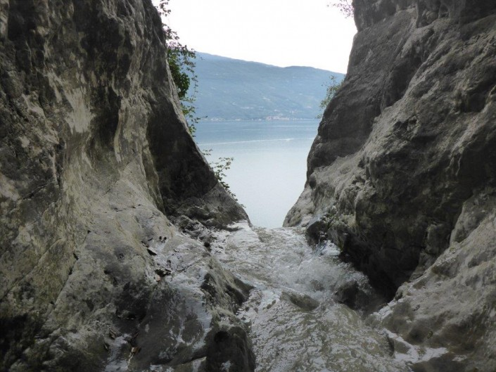 Canyoning Gardasee blick auf see
