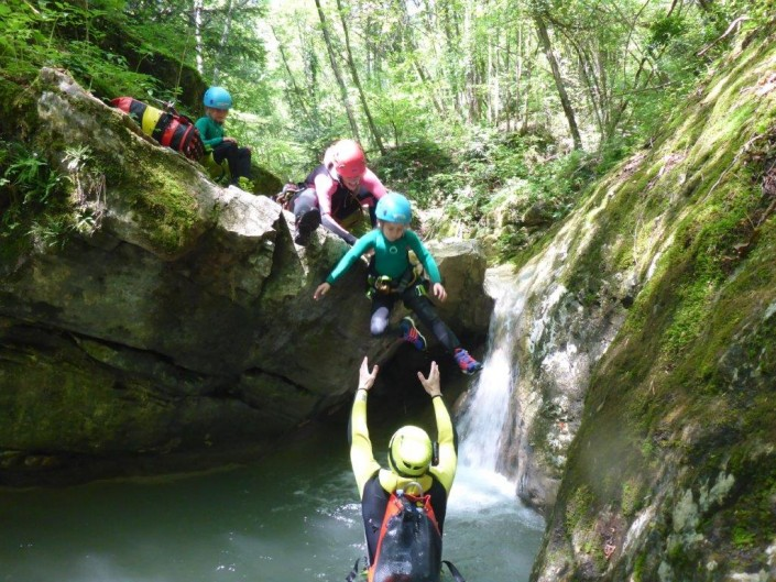 Canyoning Gardasee Funny Thrill Kids sprung kind