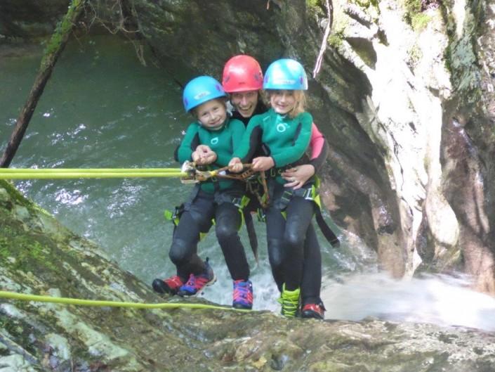 Canyoning Gardasee Funny Thrill Kids abseilen mit kindern