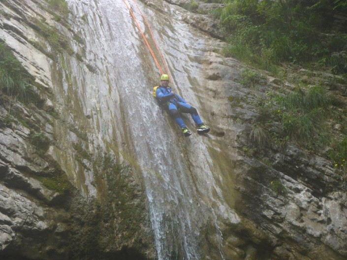 Canyoning Gardasee Funny Thrill Family abseilen