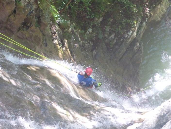Canyoning Gardasee Funny Thrill Wasserfall